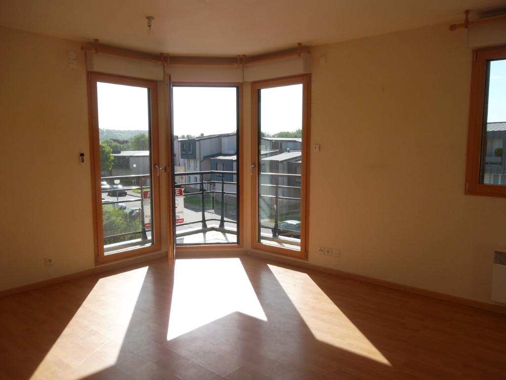 A LOUER - T2  de 47 m² AVEC PARKING