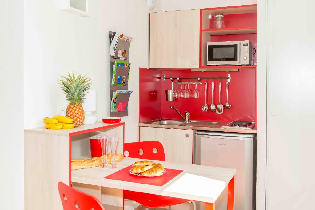 A LOUER, Studio meublé dans une résidence étudiante (LYON 7ème)